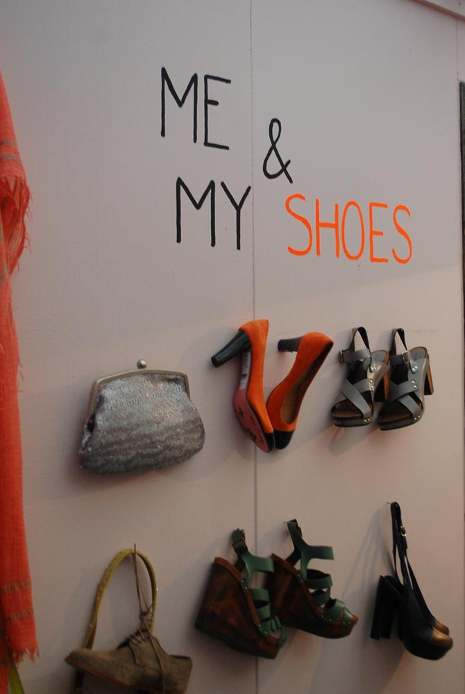 Schoenen wand Woonbeurs 2012