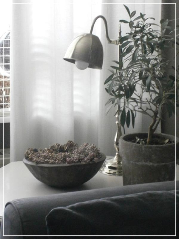 Grijs wit naturellen interieur for Interieur zwart wit grijs
