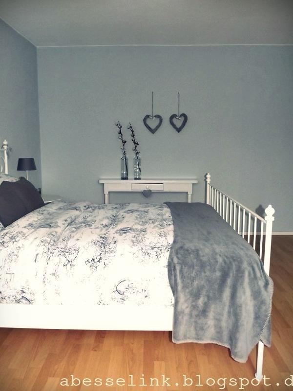 Een romantische slaapkamer met hout elementen interieur - Romantische slaapkamer ...