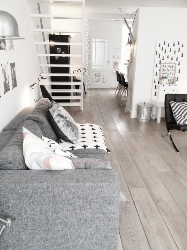Decoratie muurdecoratie gang : Scandinavisch wonen met veel wit - Interieur - ShowHome.nl