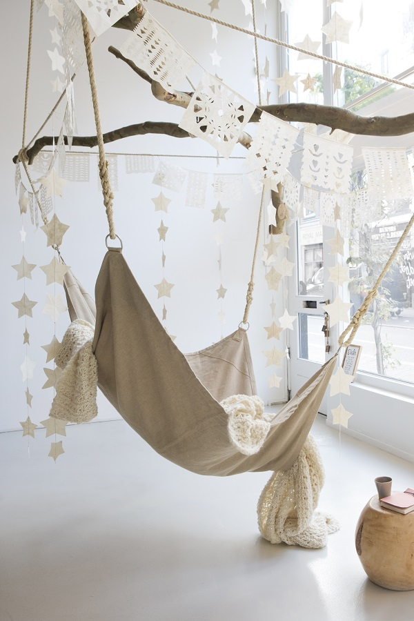 Hangstoel in de woonkamer - Inspiraties - ShowHome.nl