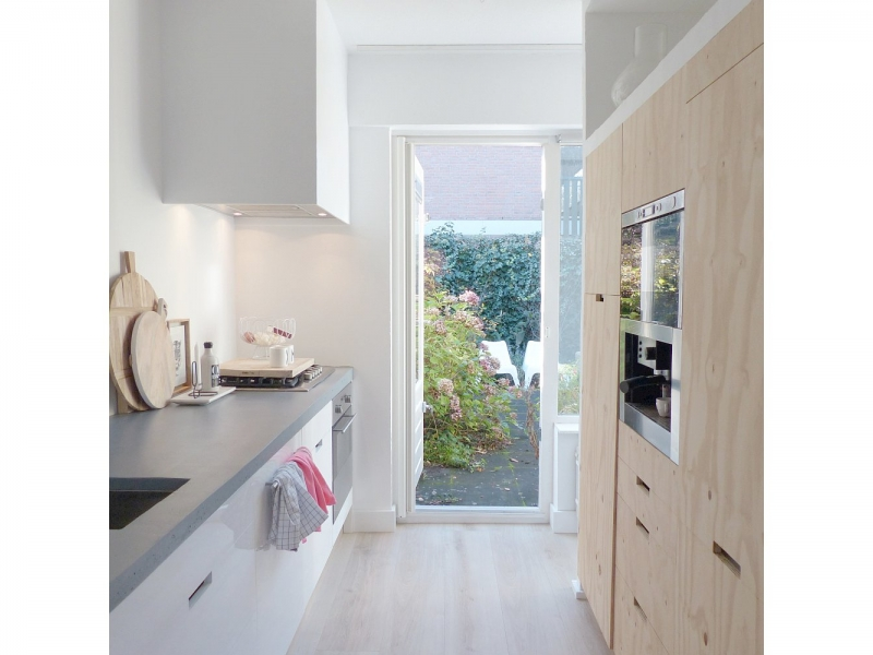 Witte keuken zonder achterwand interieur - Witte keuken decoratie ...