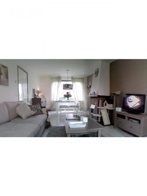 Landelijke brocante woonkamer interieur - Decoratie volwassen kamer romantisch ...