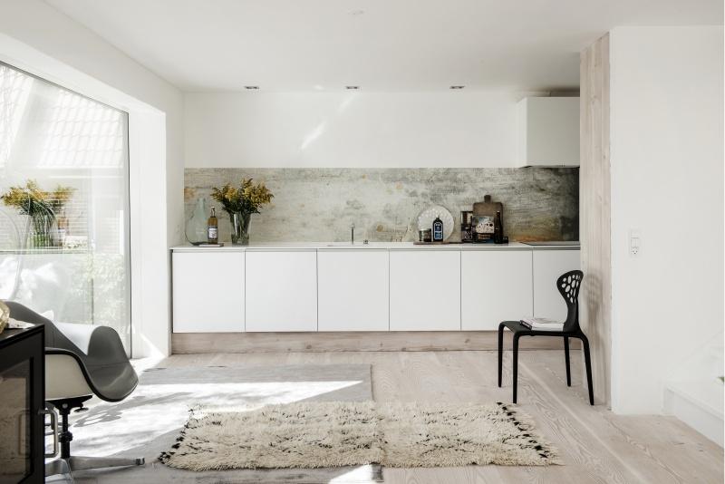 Behang voor je keukenwand inspiraties - Behang voor trappenhuis ...