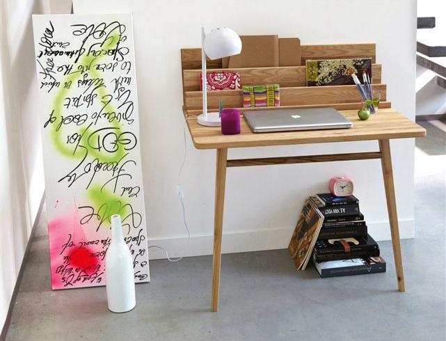 Bureautje voor in de woonkamer - Inspiraties - ShowHome.nl