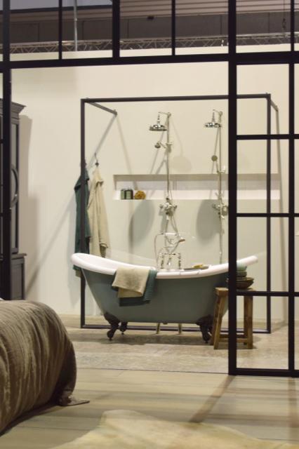 Wonen landelijke stijl op vt wonen design beurs inspiraties - Badkamermeubels oude stijl ...