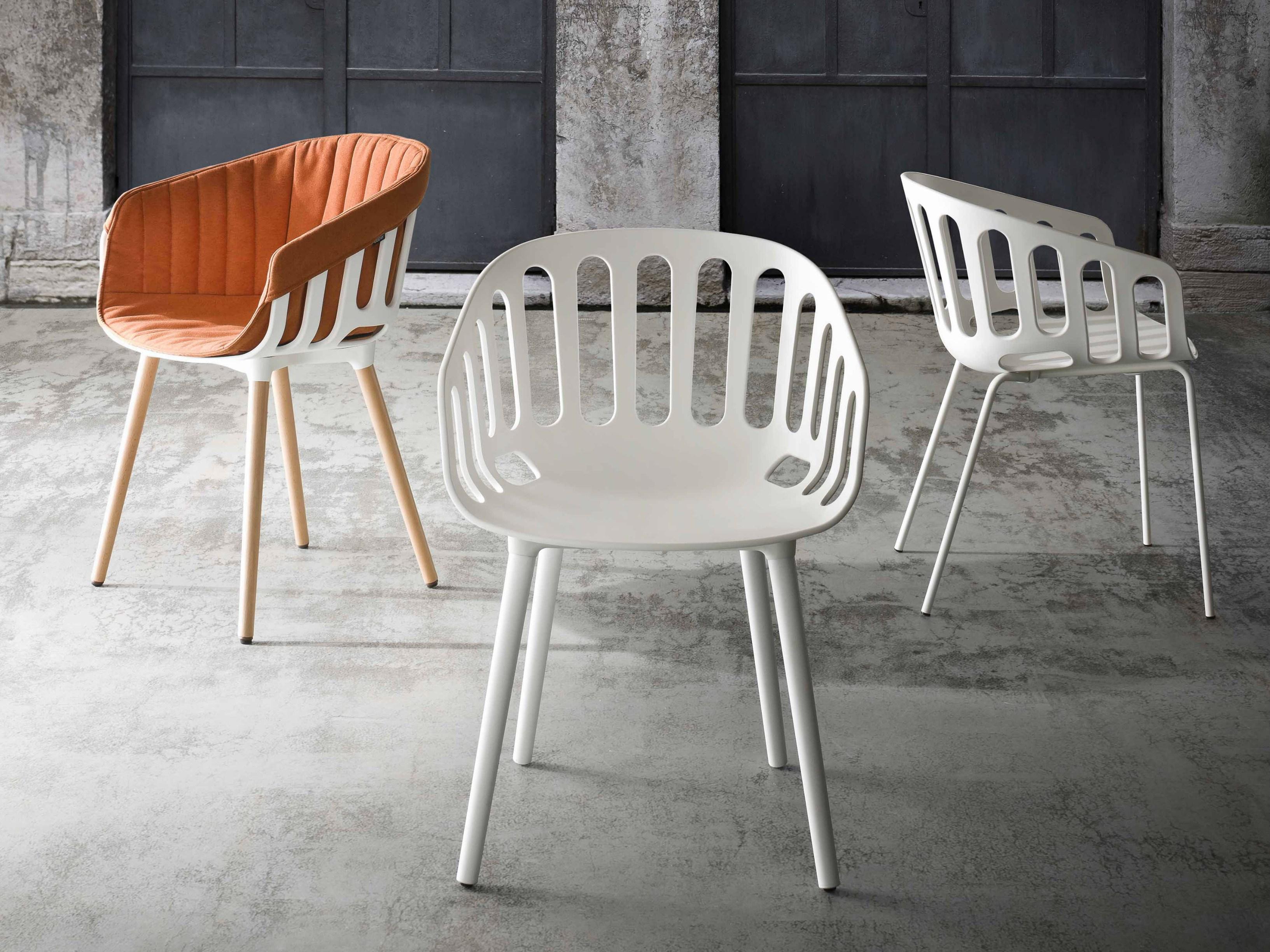 Designstoel voor binnen en buiten inspiraties for Kuipstoel voor buiten