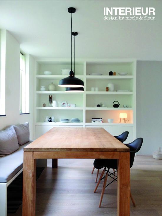 Een inbouwkast op maat voor de eetkamer interieurstylist for Interieur stylist