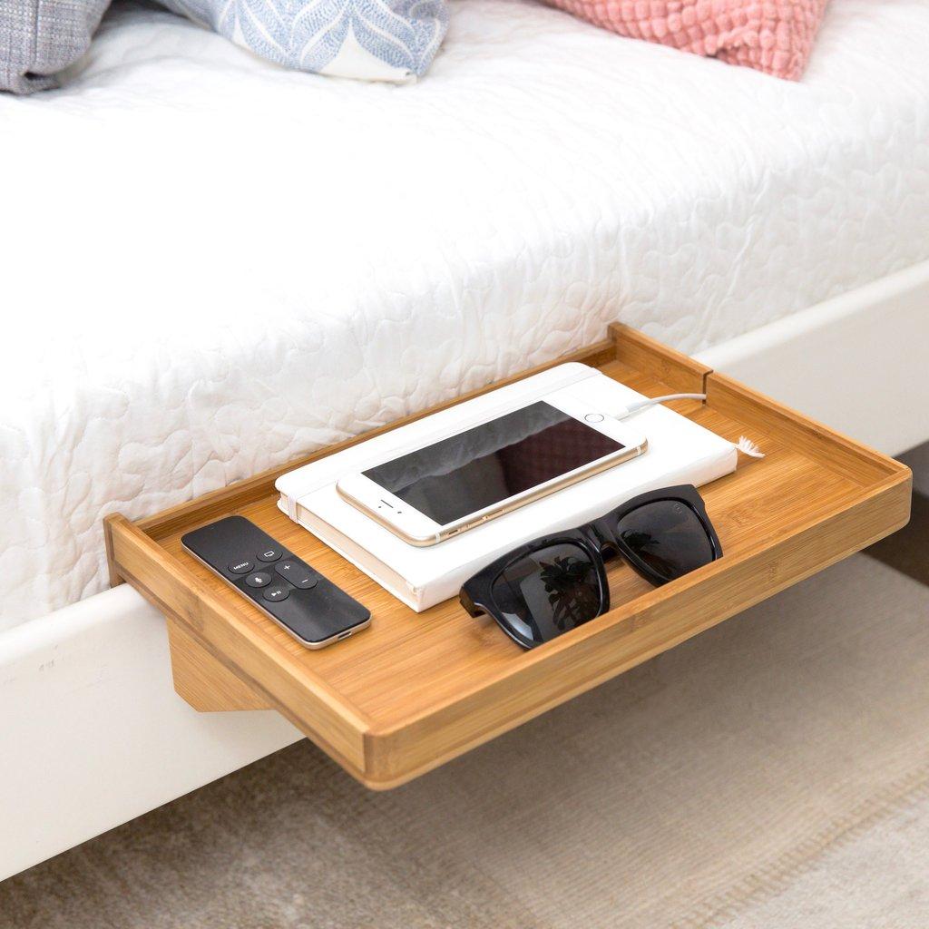 Handig Plankje Voor Aan Je Bed #bedshelfie