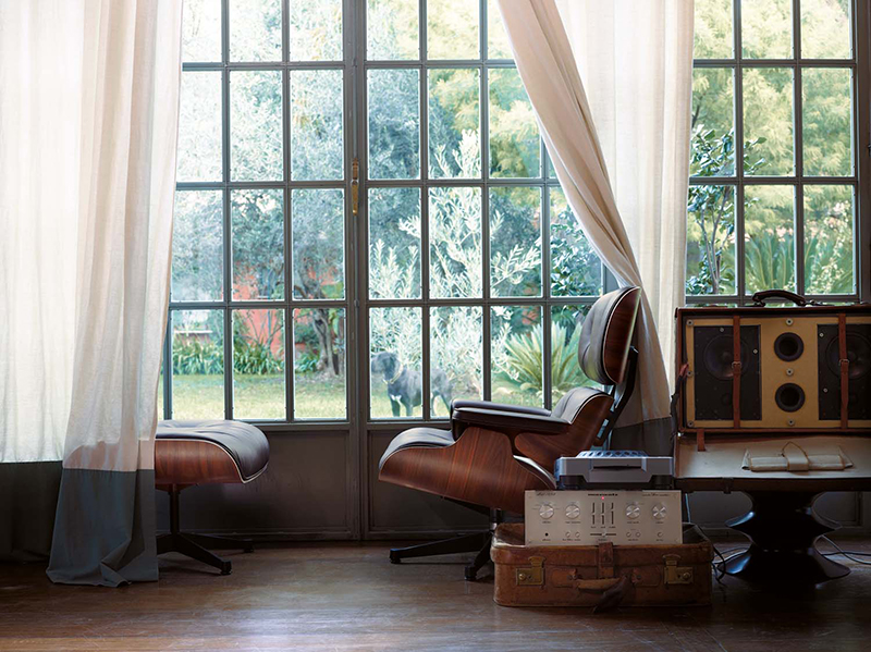 iconische stoelen voor het inrichten van de woonkamer