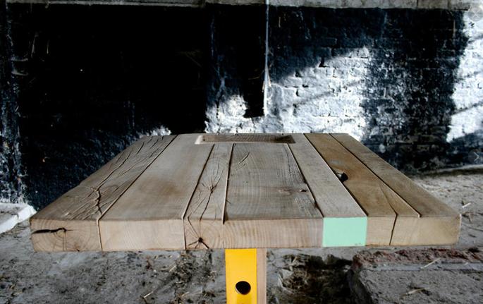In hoogte verstelbare houten tafel inspiraties for Zelf tafel maken hout