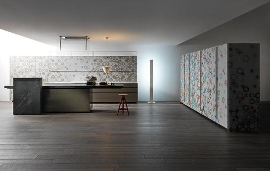 Keukenkasten Met Glas : Het bedrijf werkt met heel veel jonge ...