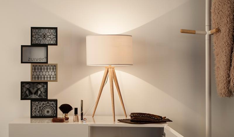 Lamp op drie poten inspiraties - Houten lamp vloot huis van de wereld ...
