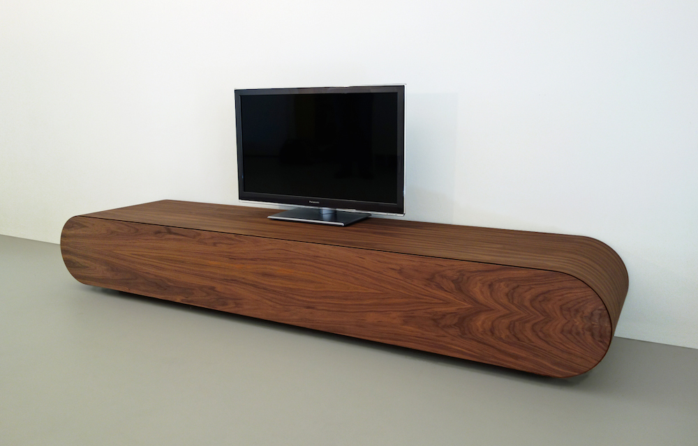 Modern tv meubel van notenhout inspiraties for Meuble tv 2m