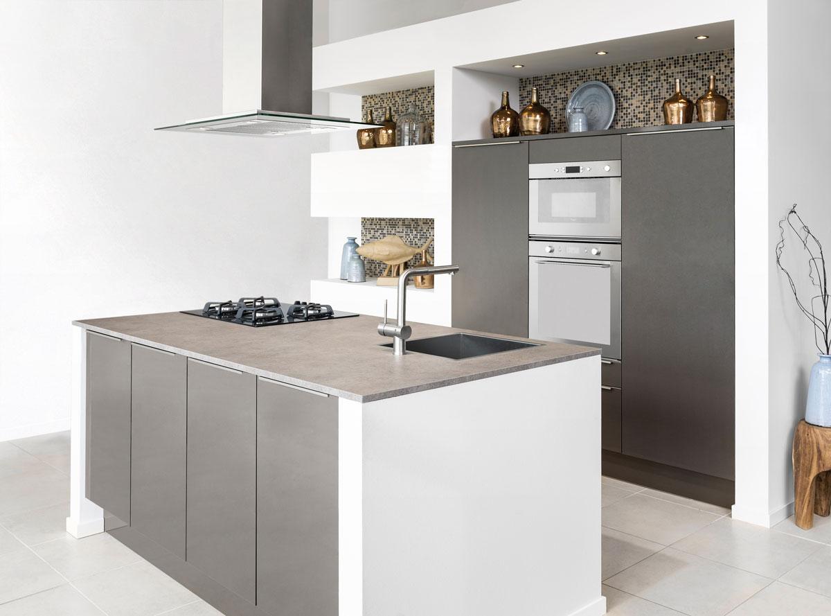 Nieuwe keuken inspiraties - Keuken uitgerust voor klein gebied ...