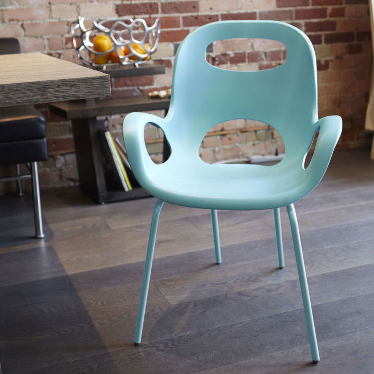 Oh chair kleurige design tuinstoelen inspiraties for Stapelbare tuinstoelen