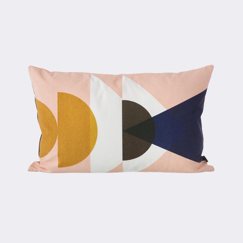 Pillowtalk, leuke kussens voor het voorjaar   Inspiraties   ShowHome nl