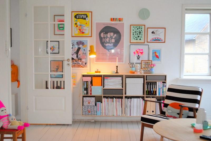 Scandinavisch wonen kleurrijk inspiraties - Kleden muur op ...
