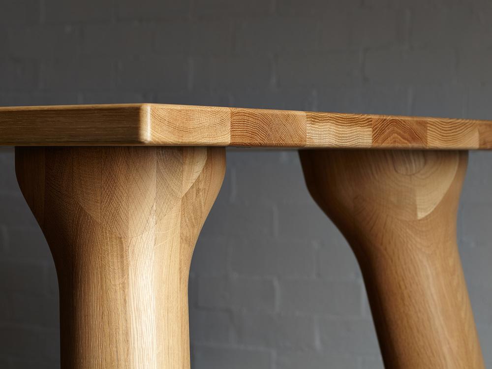 Stoere houten eettafel - Big Foot - Inspiraties - ShowHome.nl