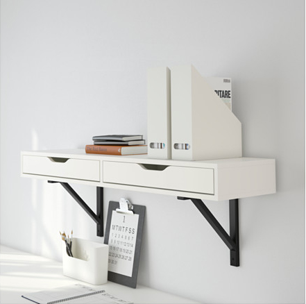 6 x een tafel of bureau aan de muur inspiraties. Black Bedroom Furniture Sets. Home Design Ideas