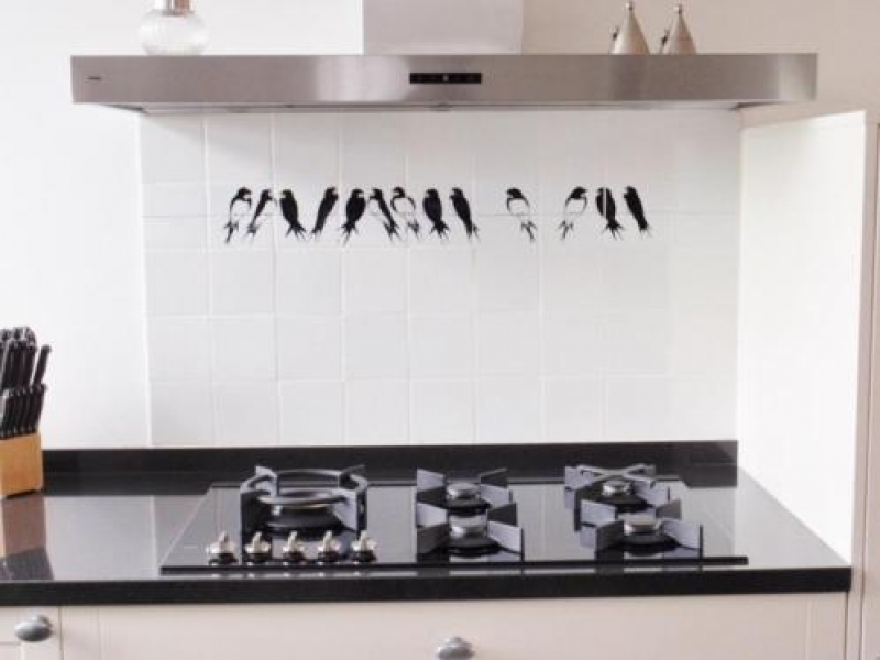 Binnenkijken interieur: ambachtelijke keukentegels