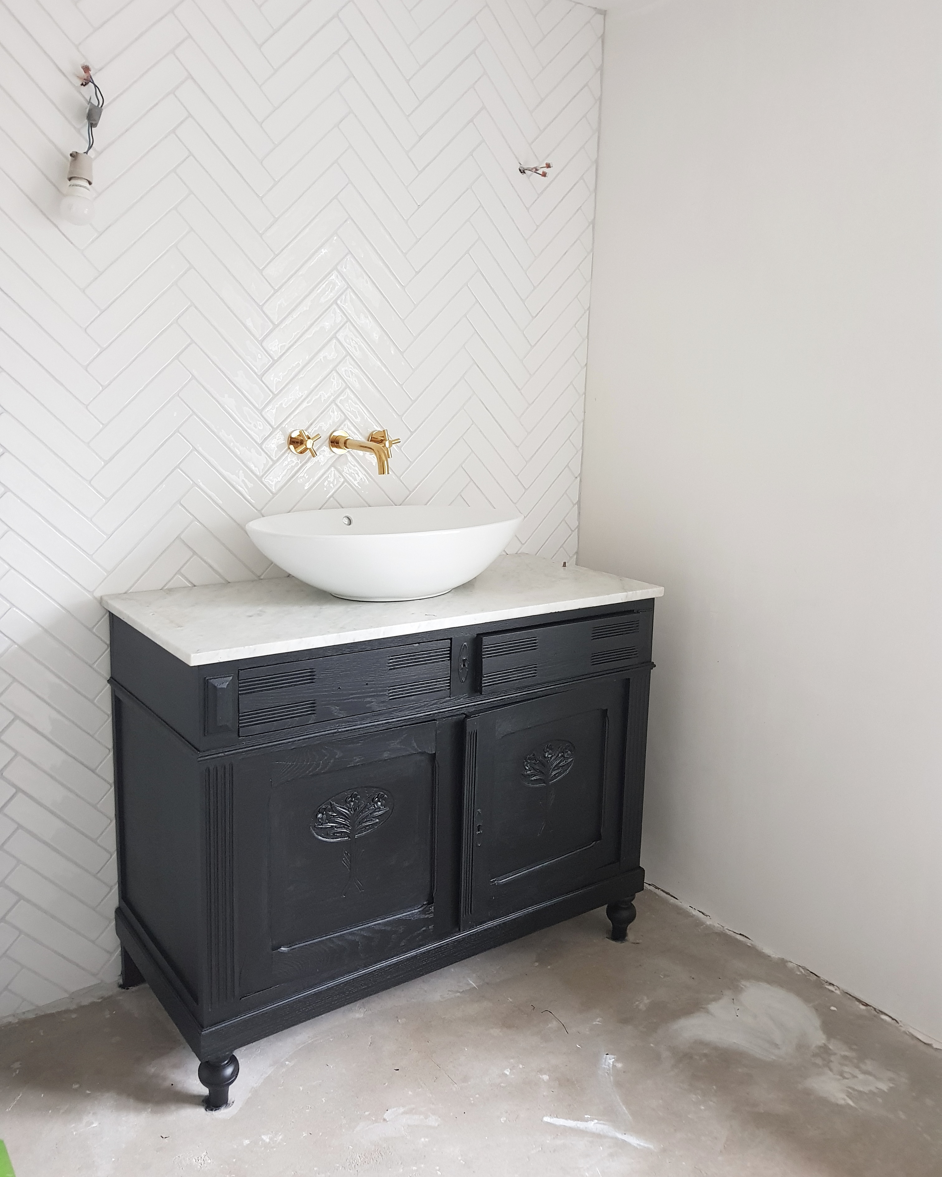 Spiegeltje spiegeltje aan de (badkamer)wand - Inspiraties - ShowHome.nl