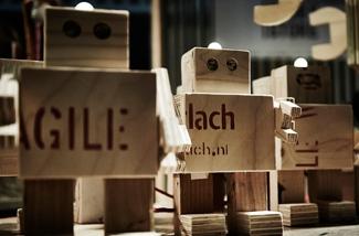 dutch-design-dinsdag-bee-kl.jpg