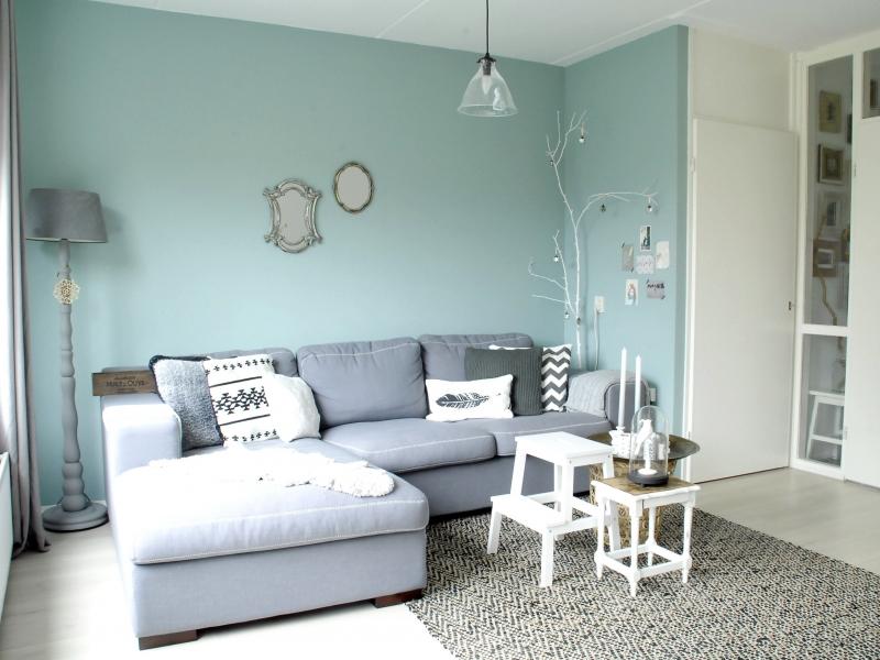 Kleurrijk karakter interieur - Kleur blauwe verf ...