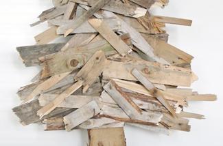 Een kerstboom van hout