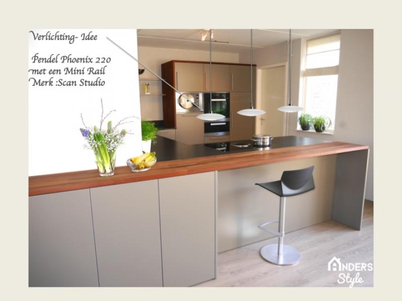 Compleet vernieuwd en verrijkt keuken met een schier kookeiland interieur - Moderne keuken muurdecoratie ...