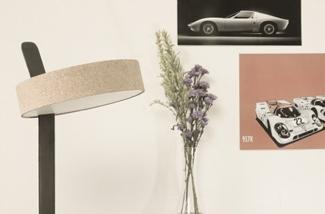 Flexibele design tafellamp met oosters tintje
