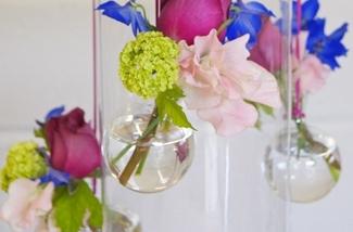 Hangvaasjes voor kleine boeketjes of losse bloemen
