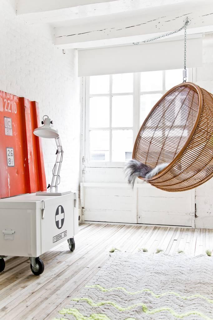 Hangstoel in de woonkamer inspiraties - Deco kamer bruin ...