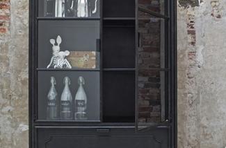 moderne-vitrinekasten-1-kl.jpg