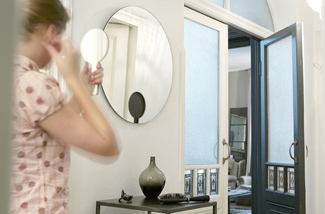 Ronde spiegel met magnetische handspiegel