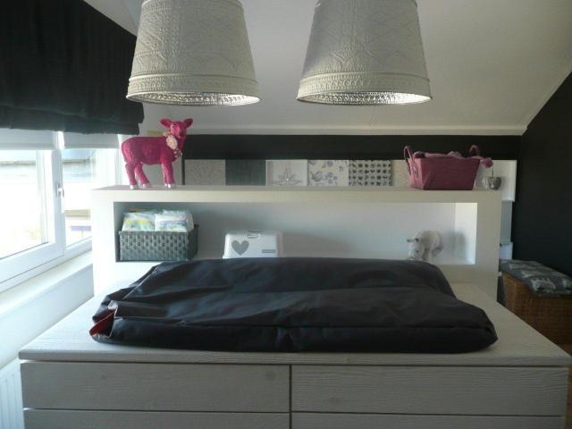 Stoer romantische meisjes babykamer interieur for Foto slaapkamer baby meisje