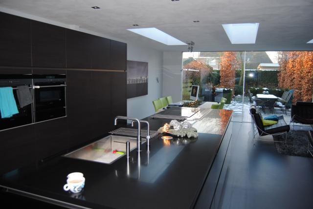 Strak en licht interieur showhome.nl