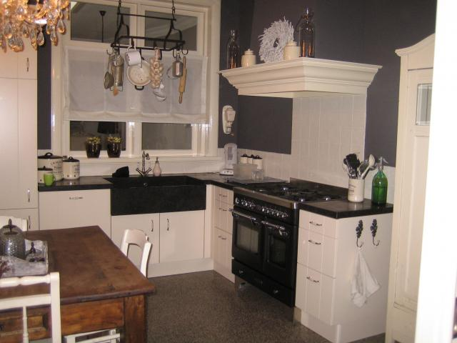 Exclusieve Keukens Limburg : landelijk ingericht jaren 30 huis Interieur ShowHome nl
