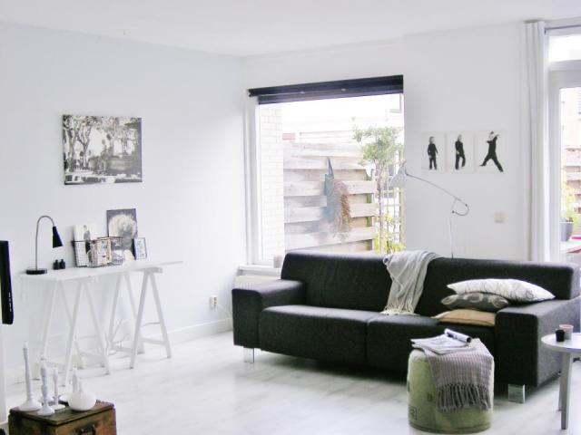Interieur Ideeen Woonkamer Zwart Wit : wit - zwart - grijs - hout en ...